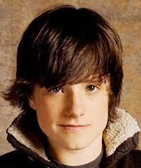 hairstyles for 14 boys photo of josh hutcherson medium length shaggy hairstyle