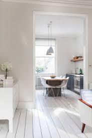 Schlafzimmer Beige Wandfarbe Creme Und Weißer Dielenboden Interiors Pinterest