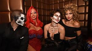 serena williams arriving at heidi s klum halloween party in new
