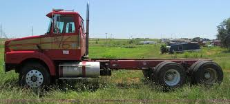 2000 volvo truck 2000 volvo wg semi truck item b6367 sold june 20 truck