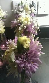Cheap Centerpiece Ideas For Weddings by Best 25 Cheap Flower Arrangements Ideas On Pinterest Baby U0027s