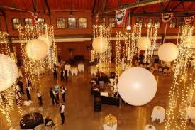oversize balloons corporate event theme