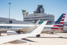 boarding airplanes on san francisco sfo airport free stock photo