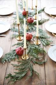 Homemade Christmas Floral Table Decorations by Best 25 Christmas Flowers Ideas On Pinterest Christmas Flower