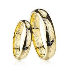 Lord Of The Rings Wedding Band by The 25 Best Lotr Wedding Ring Ideas On Pinterest