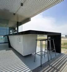 escalier entre cuisine et salon escalier entre maison best entree maison moderne interieur du