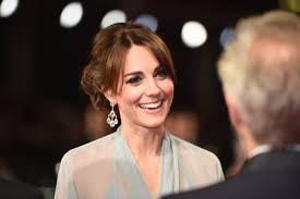 darcey bussell earrings carpet chopard shines at bond spectre premiere