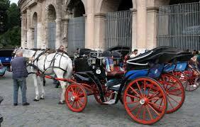 carrozze in vendita 550 per un giro in carrozza a roma licenza sospesa