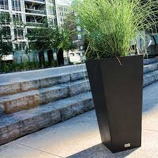 veradek pure series midland tall square planter