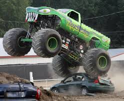monster truck show in michigan reptoid the fan favorite at monster truck showdown sports