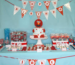elmo birthday party ideas real party elmo birthday party frog prince paperie