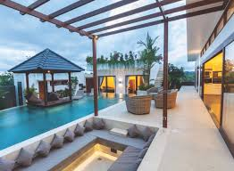 Pool Houses And Cabanas Tips For Planning Or Enhancing Your Pool House Or Cabana Coastal