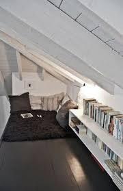 wã stmann schlafzimmer dachgeschoss einrichten schlafzimmer weißer teppich blumendeko
