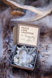 wedding favor ideas for christmas weddings