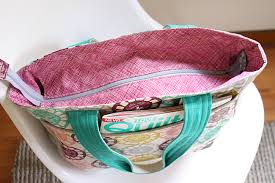 pattern for tote bag with zipper super tote pdf pattern noodlehead