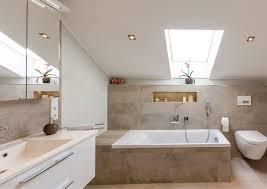 badezimmer mit dachschräge was kostet ein badezimmer preisbeispiele für komplettbäder