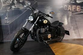 details zum custom bike triumph speedmaster des händlers