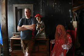Halloween Haunted Houses In San Diego by Infamous Haunted House Leaving Town The San Diego Union Tribune