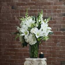 white bouquet birthday luxury flowers send birthday flowers milan florist