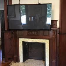 Mounting A Tv Over A Gas Fireplace by Tvs Over Fireplaces
