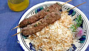 recette cuisine libanaise mezze un mezzé libanais chaud les keftas et le riz aux vermicelles