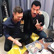 lionel richie home lionel richie music video playlist on frogtoon home facebook