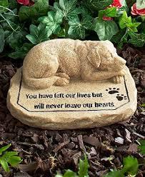 pet memorial garden stones best 25 dog memorial ideas on pet memorial