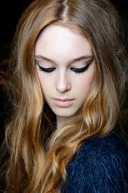 bronde hair home coloring here s how to go bronde this summer stylecaster