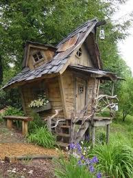 Backyard Play House Playhouses Built By A Disney Artist Neatorama