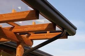 tettoie e pergolati in legno tettoia in legno pergole e tettoie da giardino tettoia in
