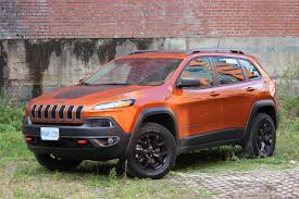 jeep cherokee trailhawk red 2015 jeep cherokee trailhawk review trucks and suvs
