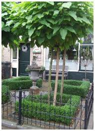 Formal Front Yard Landscaping Ideas - boxwood courtyard stunning small formal front yard outside