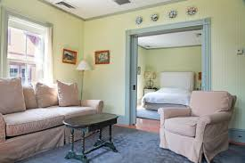 Living Room Theater North Bennington Inn The Porches At Mass Moca North Adams Usa Booking Com
