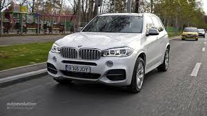 bmw inside 2014 how does the 2014 bmw x5 handle busy city streets autoevolution