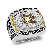senior rings for high school class rings for any type of occasion and or event
