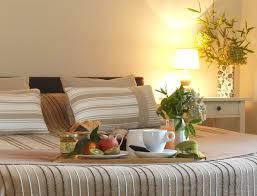 chambre d hotel 4 personnes hôtel de charme les logis foix château de montségur ariège pyrenées