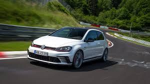 volkswagen gti vw golf gti clubsport s 2016 review by car magazine