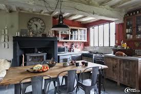 table de cuisine ancienne en bois chambre enfant cuisine ancienne bois idees cuisine moderne
