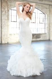 fishtail wedding dress what s the difference between mermaid trumpet and fit and flare