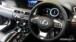lexus mobil lexus indonesia resmi hadirkan gs200t dan lx570 terbaru