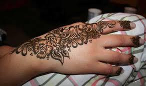 temporary henna tattoo designs on back and sleeve tattoo