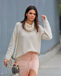 jenner sweater kendall ignores warm la weather as she lunches in sweater and