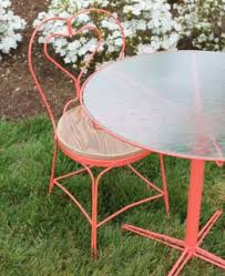 Distressed Bistro Chair Selma Drye Distressed Bistro Table With Chairs Official Site For