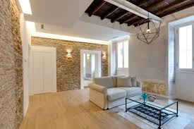 Garage Studio Apartment Charming Apartment In Rome With Old Wood Structure And Stone Walls