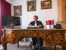 bureau avocat présentation maître ronit antebi avocat à cannes