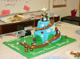 mario kart yoshi wins the birthday cup cakecentral com