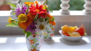flower vases wallpaper