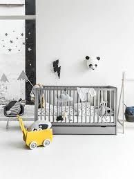 chambre bebe noir du noir et blanc pour ma chambre d enfant