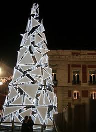 Decorating Christmas Tree Without Lights by Best 25 Contemporary Christmas Trees Ideas On Pinterest