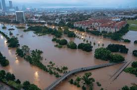 pauldouglas 1506994840 houston flood doublehorn photo gif